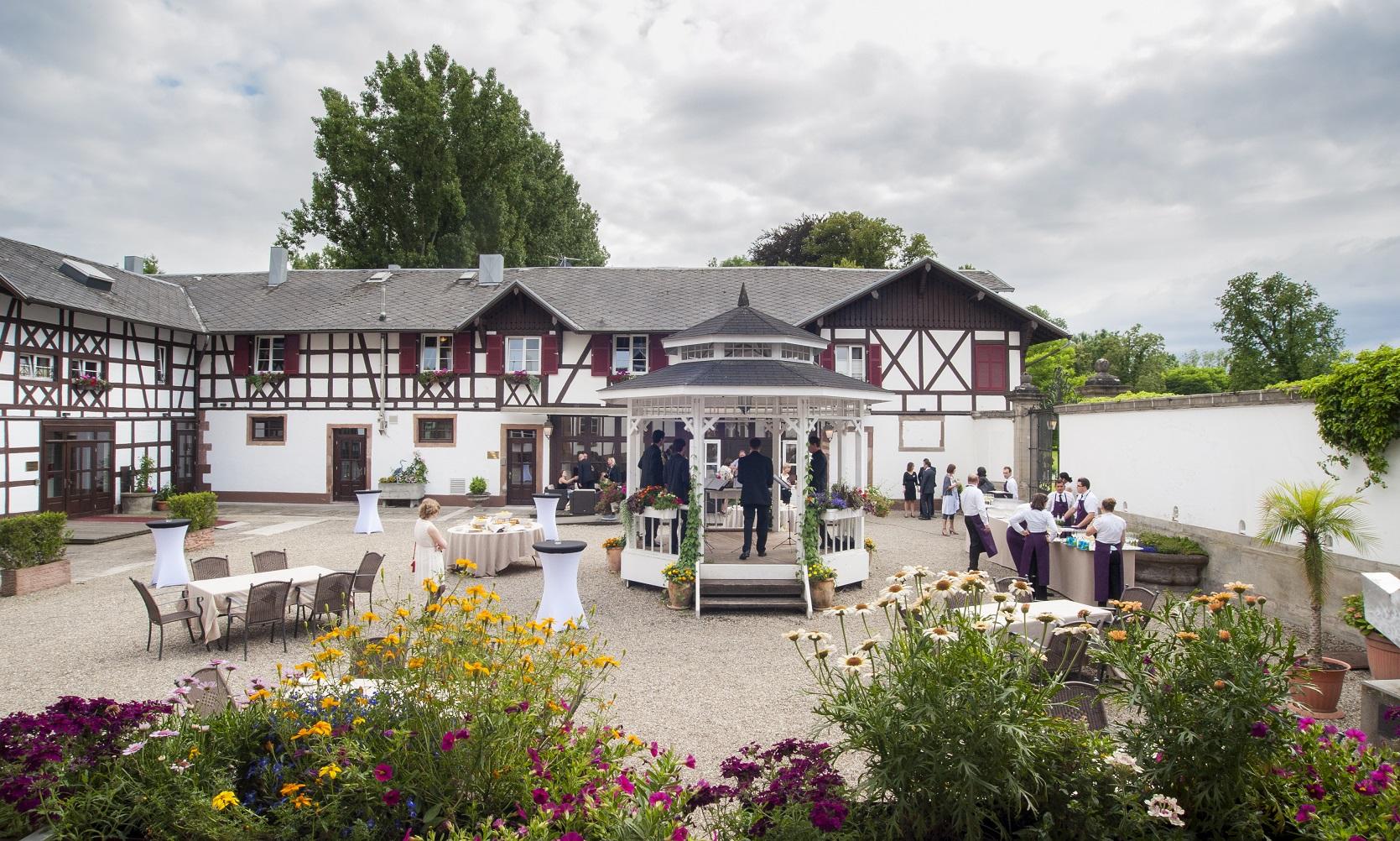 Chateau Pourtales Restaurant